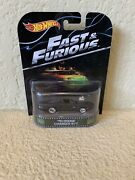 Hot Wheels Retro Entertainment Andldquofast And Furiousandrdquo Andlsquo70 Dodge Charger R/t New