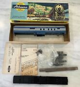Vintage 1961 Athearn Ho Baltimore And Ohio Lighted Baggage Mail With Metal Trucks