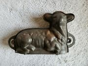 1930-1950s Lodge Cast Iron Lamb Cake Mold Figural Baking Pan Unmarked
