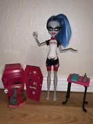 Monster High Classroom Ghoulia Yelps Doll Lot Locker, Clothes And Book