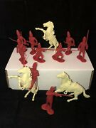 12 Marx 1950s Revolutionary War Play Set British Soldiers And Horses