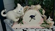Great Hm Kitty Cat And Mouse Ceramic Clock Hand Applied Spaghetti Ribbon Flowers