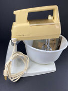 Vintage Tan Stand Ge Mixer W/2 Beaters 1 Bowl 12 Speed Cat 22m35 Early 1970