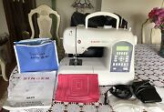 Singer Stylist Ii 5625-computerized Sewing Machine W/attachments, Manual-working