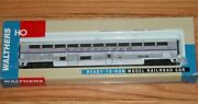 Walthers 932-6154 Superliner I Coach Smoker Amtrak Phase 4