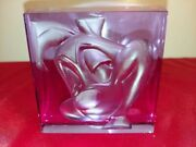 Rare Warner Bros. Signed Numbered Pepe Le Pew Glass Cube 1998 Collectorand039s