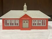 N Scale Plasticville School House And Flag Kit For Train Layouts And Display