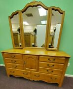 Exquisite Ethan Allen Country French Triple Dresser Trifold Mirror 246 Provence