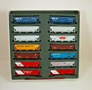 Nos Deluxe Innovations Mixed Roads N Scale Hopper Cars Set