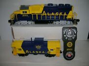 Lionel  Alaska Gp38 With Caboose And Controller From 2023150 ,lot 21072