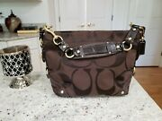 Coach Carly Hobo G0826-12871 Handbag Tan And Cranberry. Excellent Shape