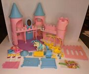 Vintage 1984 My Little Pony Dream Castle Mlp G1 With Majesty And Spike Figures