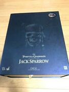 Hot Toys Captain Jack Sparrow Pirates Of The Caribbean Action Figure 1/6 Used