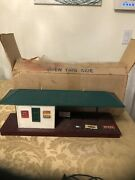 Lionel Train Freight Station Illuminated Green Roof Tin Signs 256 New York,usa