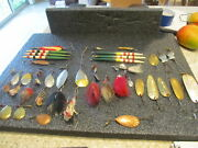 Vintage Shakespeare Tackle Box With Heddonpflueger And Other Lures 1920and039s