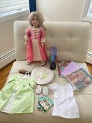 Elizabeth American Girl Doll With Rare Green Summer Outfit,hairbrush And Books