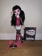 Monster High Wave 1 First Wave Draculaura Doll W/stand,pet,brush Almost Complete
