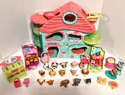 Biggest Littlest Pet Shop Playset House Foldable 2005 With Pets/accessories 30