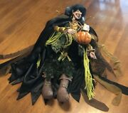 Retired Large Mark Roberts Halloween Scared Cat 51-46594