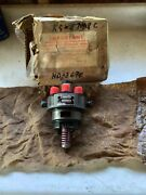 Oliver Tractor 7788770880 Brand New Bosch Injection Pump Hydraulic Head Nos
