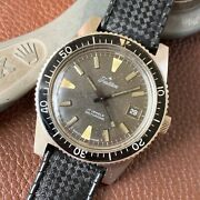 Tradition By Sears Skin Diver 17 Jewel Automatic Stainless Steel Watch On Tropic
