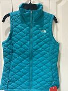 Nwt The Womanandrsquos Insulated Puffer Thermoball Vest Green Matte S