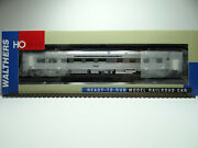 Walthers 85' Budd Grill-diner, Santa Fe, 932-15122 - Silver -