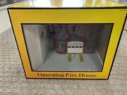 + Mth O Gauge Railking Operating Fire House W/ Fire Truck Red And Gray 30-9102 St