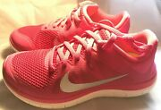 Nike Free 4.0 V4 Woman's Us Size 7 Pink. New With Box