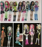 Lot 15 Monster High 1st Wave Lagoona Blue And Draculaura Cleo Rochelle Dolls +more