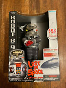 Vintage Lost In Space B-9 Robot 10 Large Action Figure 1997 Trendmasters