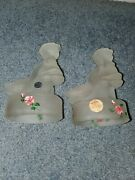 L.e. Smith Frosted Glass Hummel Goose Girls 2 W/ Pink Painted Flowers, Very Rare
