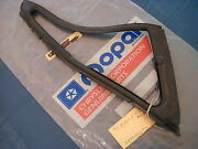 Nos Mopar 1970 Vent Wing Weatherstrip Ply-dod-chry-imperial