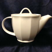 Villeroy And Boch Geo Mini Teapot And Lid 16 Oz All White Paneled Exterior