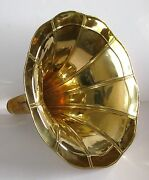 Gramophone Phonograph Brass Horn Loudspeaker. With Minor Scratch/dent/marks.