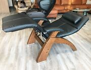 Human Touch Walnut Pc-420 Classic Plus Black Leather Zero Gravity Perfect Chair