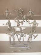 Marx Original Castle 4723 Knights Full Set Of 10 In All 10 Poses Plus 3 Horses