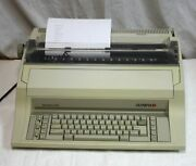 Olympia Standard 300 Electronic Electric Typewriter W Letter Gothic 10/12 Wheel