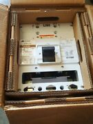 Cutler-hammer Hld-dc Hlddc3600f 600a Circuit Breaker W/ Uvr And Aux And 600 Amp.trip