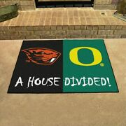Ncaa - Oregon / Oregon State House Divided Rugs 33.75x42.5
