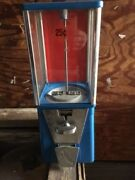 Used Oak Astro Vista Candy Gumball Machine 25 Cent Vend Incl Lock And Key Usa Made
