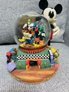 Mickey And Friends Disney Snow Globe Eu Limited Edition Discontinued Rare S/f