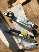 2007-2012 Mercedes-benz Sl550 Convertible Top Motor Left/right For Sale. Used.