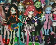 List 1 Monster High Dolls Inc Some Original Accessories - Choose From Various