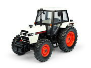 Case 1494 4wd Tractor White 1/32 Diecast Model By Universal Hobbies Uh6208