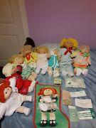 Vintage 1985 Cabbage Patch Kids Lot Off 8. Good Condition Br.hair /blue.eyes