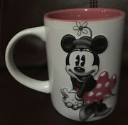 Disney Minnie Mouse Jerry Leigh 3d Embossed White And Pink Coffee Mug / Tea Cup