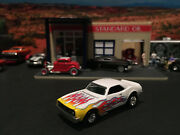 164 Hot Wheels Limited Edition 1968 68 Chevy Ss Camaro White With Flames