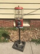 Vintage 10 Cent Gumball Candy Vending Machine And Pole Stand And Key Peanuts 50s