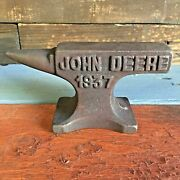 John Deere 1937 Cast Iron Anvil W/ Antique Finish And Raised Letters Paperweight